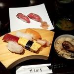 81050796 - セレクトランチ_握りと牡蠣ご飯(2018.08)