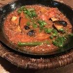 キャラヴァンサライ包 - 茄子と羊肉のカラフィ