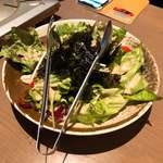 名古屋手羽先 もも焼き 唐揚げ 爽鶏屋 - チョレギサラダ