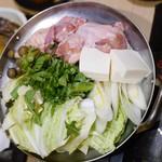 隠れ家個室居酒屋 鶏の久兵衛 - 鶏一番鍋(白)