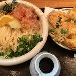 麺ごころ にし平 - 料理写真:とり天(+野菜天)おろし(*´ω`*)ぶっかけうどん