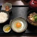 季りとおし - すき焼き定食