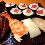 81061442 - 尼寿司セット