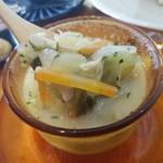 モカモカ - 野菜たっぷりでヘルシーなスープ