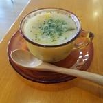 モカモカ - モーニングの「セロリとささみのミルクスープ」