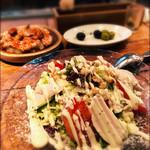 バル デ エスパーニャ ムイ - サラダとタコのガルシア風