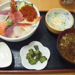 いさばや食堂 - 海の幸丼