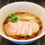 中華蕎麦 三藤 - 料理写真:醤油 ¥900