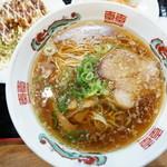 虹橋食堂 - 料理写真:醬油ラーメン