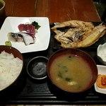 81073463 - よくばり2種定食(刺身+焼魚)