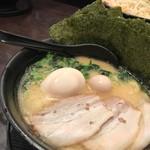 まんぷく家 - 特製ラーメン(醤油)