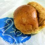 スワンベーカリー  - 料理写真:コロッケパン130円