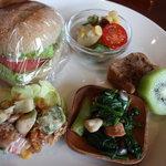米day no.1 - 野菜サンド弁当850円