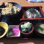 勘平衛 - 料理写真:天丼そばセット 1150円