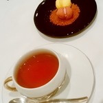 レザンファン ギャテ - Les enfants gates@代官山 紅茶(ニルギリ)とマカロン