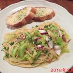 santa cafe HASH - 日替り タコと春キャベツパスタ