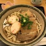 沖縄そば處 やまや - 料理写真: