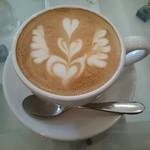 LatteArt-Bar Z.E.R.O - カフェラテ(フリーポア)