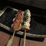 仙太 - ねぎま・胸山葵(地鶏串焼4種・カウンター限定コース)