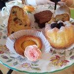 オーク・ハウス - 料理写真:ケーキ
