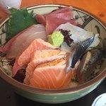 お食事処 みうら - 海鮮丼