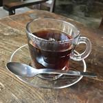 アメニテ ギンザ - ランチセットの紅茶