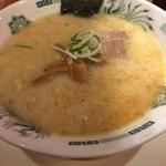 日高屋 - メンマが特に美味しいとんこつラーメン(税込420円)。