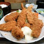81108437 - カキ徳盛定食(大盛)1,040円