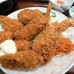 81108440 - カキ徳盛定食(大盛)1,040円