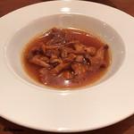 エヴィエ - フランス産ジロール茸の煮込み