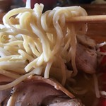 辻商店 - にぼとんは極太麺 二郎系のワシワシ食感ではなくちゃんぽんの麺的な食感 にぼとん旨し!