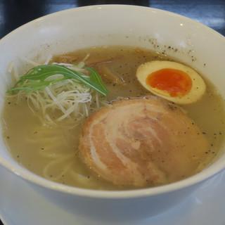 わさらび - 料理写真:牛骨塩そば850円