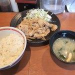 81115686 - 豚生姜焼き定食650円也。