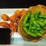 なべ屋 たいたん - 串カツと枝豆