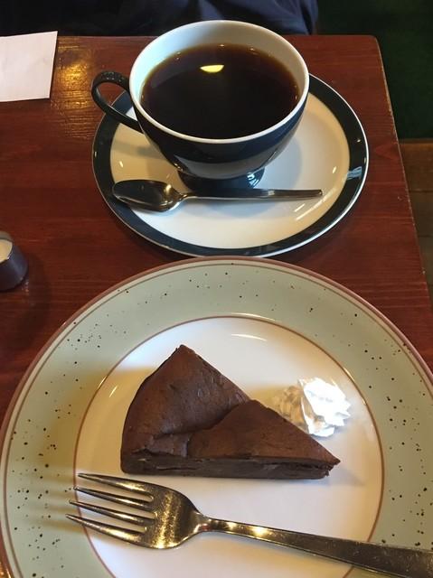 コーヒーワークショップ・シャンティ - ケーキセット800円