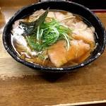 麺哲 - 薄切肉醤油