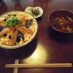 鳴沢苑 - 絹姫サーモンの漬け丼です。
