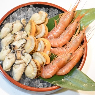 豪華シーフード食べ放題『海鮮焼きコース』&毎月14日は…