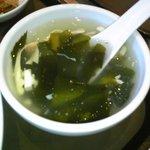 唐庄酒家  - セットのスープ(わかめと豆腐、たまご)