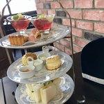 M's Tea Room - 料理写真:本格的 三段ティースタンド (♡ >ω< ♡)