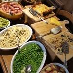 Poru - 青、緑、赤、白、様々な色の食材で見てて楽しい