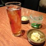 信 - ◆佐藤・黒(700円)と烏龍茶(300円)