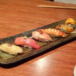 信 - ◆鮨盛り合わせ(6種:2500円)・・お鮨は小ぶり。