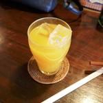 和カフェ 茶囲家 - マンゴージュース