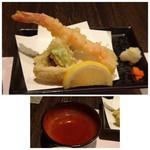 鷹勝 - ◆天ぷら・・立派な海老が入っています。ほかに茄子や白身魚など。 揚げたてですので美味しい。