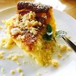 カフェ パルランテ - クワトロフォルマッジ¥500(税込) ドリンクとセットで¥50引き  4種類のチーズを使った濃厚チーズケーキ
