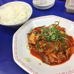 81157682 - 豚キムチセットのご飯と豚キムチ(^ ^)