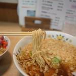 柳の下 末弘軒 - 細めだが佐野ラーメンの様な麺