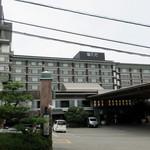"""ホテル天坊 - """"ホテル天坊""""の外観。"""