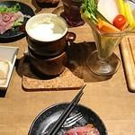 横浜ガーデンファーム - どんどん来た料理たち(女子会コース)
